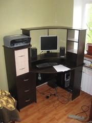 Предлагаю кухонные уголки,  столы,  стулья из натурального дерева.......