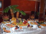 Приготовление,  оформление и  выездное обслуживание праздничных столов